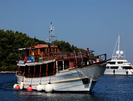 3 Island Tour Dubrovnik - Free Lunch with Wine and Refreshments