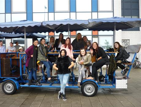 Amsterdam: Beer & Bubbles Electric Bike Tour