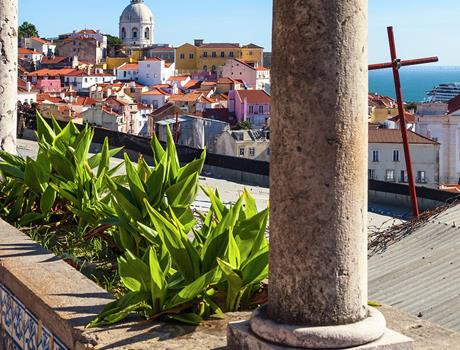 Best of Lisbon Walk: Small Group Walking Tour