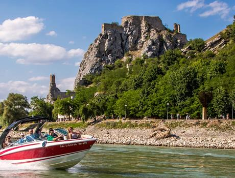 Devin Castle Tour from Bratislava with Speedboat