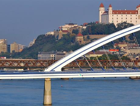 Tour of Bratislava from Vienna with Coffee and Cake
