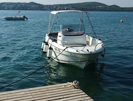 Private 4 Islands Boat Tour from Trogir