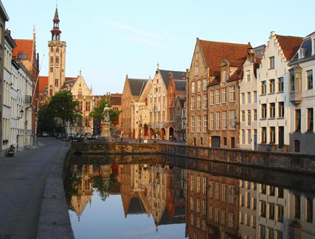 Bruges, Belgium Day Tour plus Minibus hotel transfer from Paris