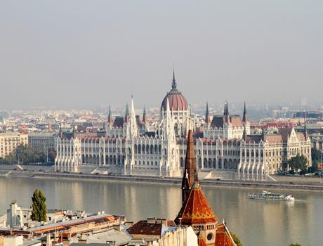 Budapest from Bratislava by Train with Guided Tour