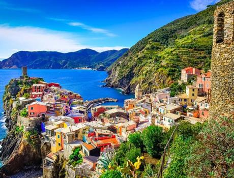 Cinque Terre Tour: The Scent of the Sea from Florence