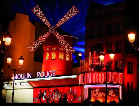 Dinner Show at the Moulin Rouge with Champagne in Paris
