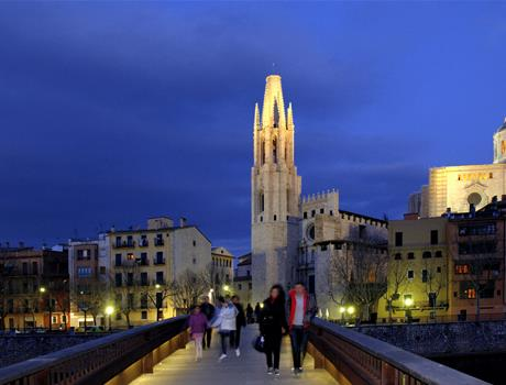 Full Day Tour - Girona AM & Barcelona PM