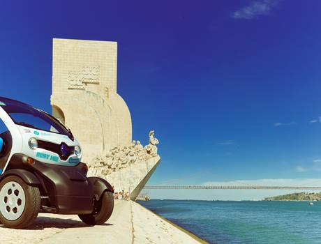 Discovery Tour Lisbon in an Electric Car with GPS Audio Guide