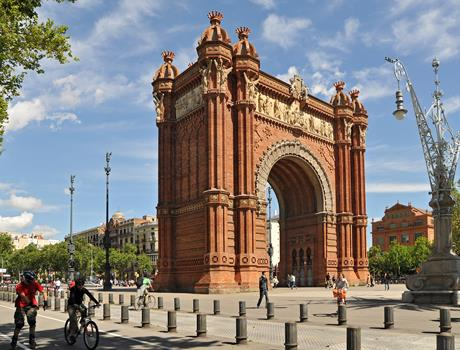 Full-Day Tour of Barcelona Charms with Optional Lunch at Hard Rock Café