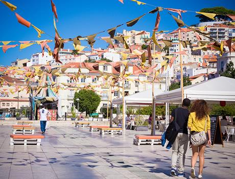 Experience Lisbon: Walk by Lisbon Urban Adventures