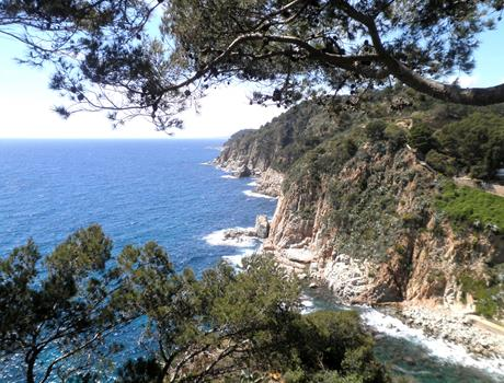 Round Trip to Costa Brava from Barcelona