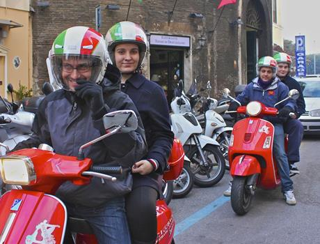 Experience the Chianti Region with Vespa scooter from Florence