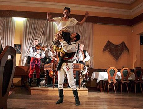 Folklore Dinner with Live Music & Dance from Prague
