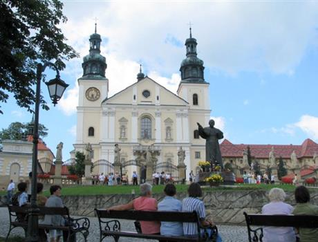 Following Saint's Footsteps Tour from Krakow