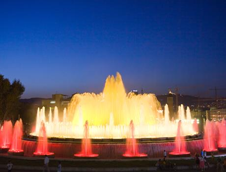 The Magic Fountain Night Tour in Barcelona