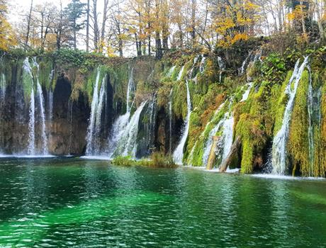Full Day Trip to Plitvice Lakes National Park & Rastoke Village from Zagreb
