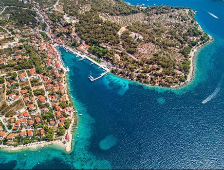 Full Day Speedboat Tour - 3 Islands Visit from Split and Trogir