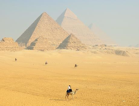 Half Day Tour to Giza Pyramids and Sphinx from Cairo