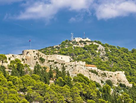 Hike to Spanjola Fortress in Hvar