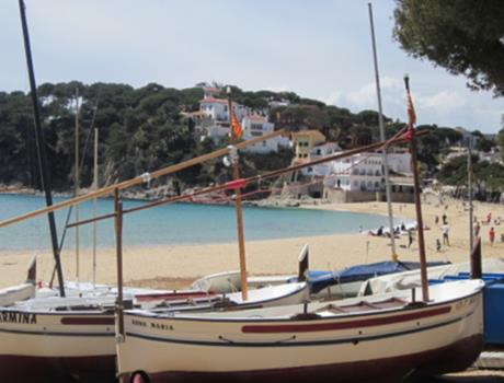 Private Tour from Barcelona: Hidden Bays and Medieval Villages of Costa Brava