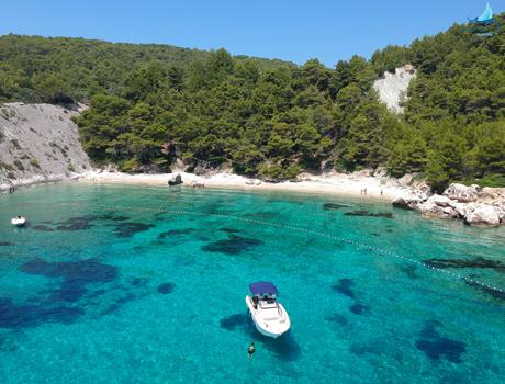 Private Speedboat Tour to Hvar & Pakleni Islands from Trogir or Split (for up to 11 people)