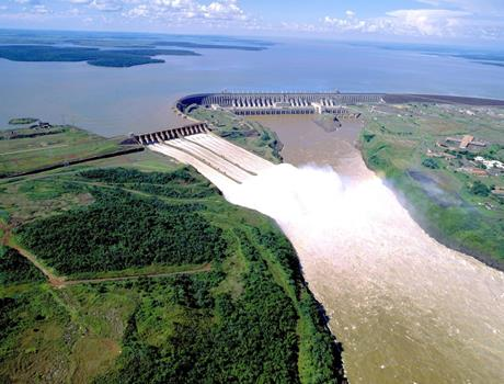 Itaipu Dam with Kattamaran Tour from Foz do Iguacu