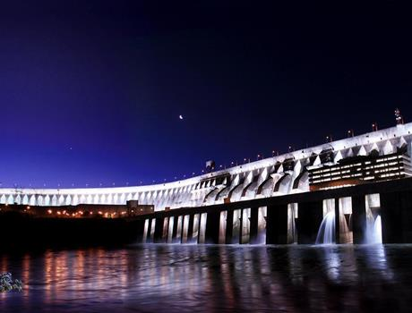 Itaipu Lights Evening Tour from Foz do Iguacu