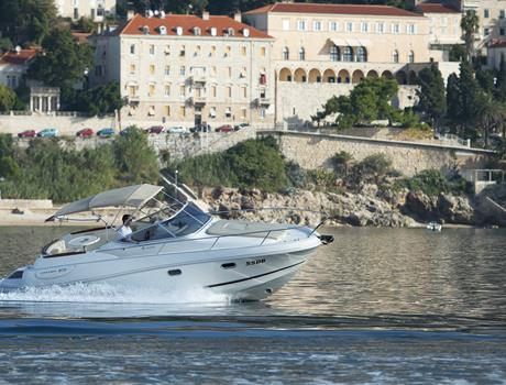 Private Day Tour in Dubrovnik by Speedboat Jeanneau Leader 805 (for up to 8 people)