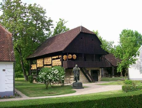 Kumrovec: Half Day Private Tour from Zagreb