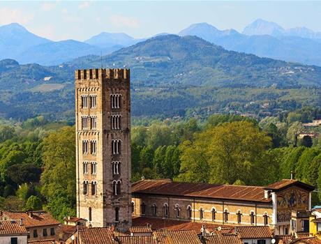 Tour from Florence: Lucca & Pisa + Buccelato Tasting