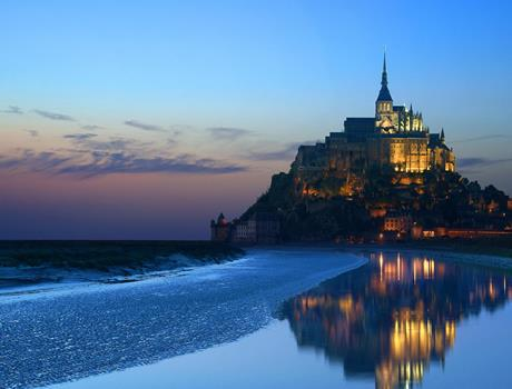 Mont Saint Michel Guided Tour from Paris