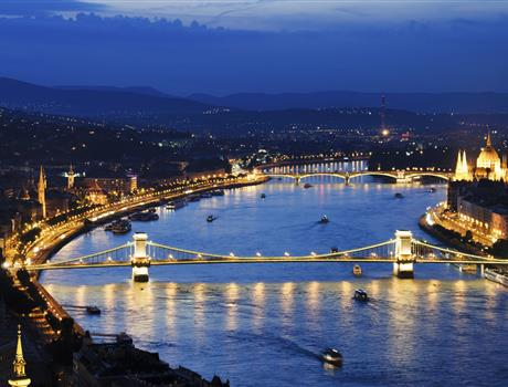 Moonlight Cocktail Cruise from Budapest