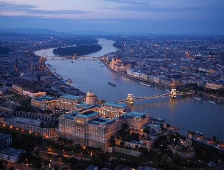30 Minute Panoramic Flight over Budapest by Night