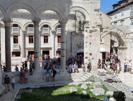 Private tour Old Town Diocletian Palace and 3 Squares walking tour in Split