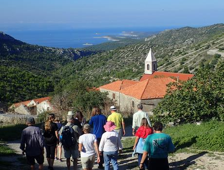 Half Day Hiking Tour on Island Hvar