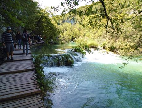 Private Full Day Tour to Plitvice Lakes and Rastoke Mills from Zadar