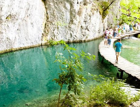 Discover magnificent national park Plitvice Lakes
