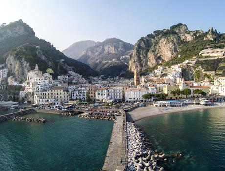 Pompei and Amalfi Coast Small Group Tour with Lunch from Naples