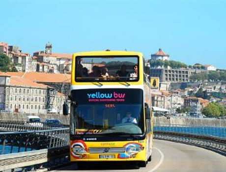 2-Day Hop-On Hop-Off Bus Ticket: Historical Porto & Porto Castles Tour