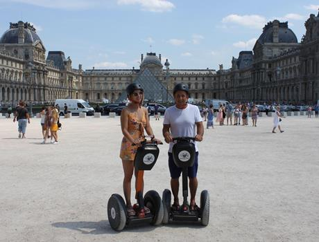 Private City Tour 180 min by Segway in Paris