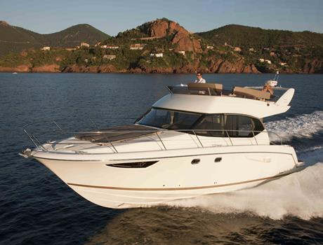 Private Tour in Dubrovnik by Boat Jeanneau Prestige 400 Fly (for up to 10 people)