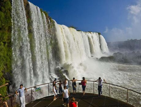 Private Tour Iguassu Falls Brazil Side from Foz do Iguazu