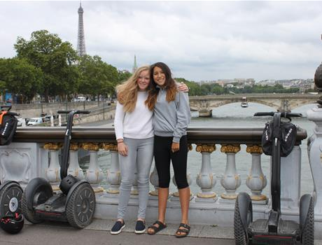 Private tour of Paris 90 min by Segway