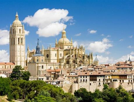 Segovia & Medieval Town of Pedraza Full Day Tour from Madrid