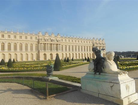 Skip the Line: Versailles Audio Guided Tour & VIP Chateau