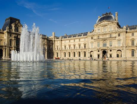 Skip the line: Tour to Orsay & Louvre museum from Paris