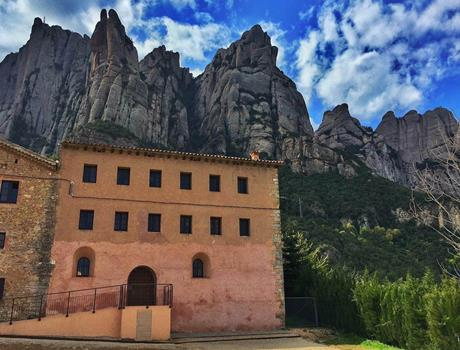 Small Group: Montserrat & Santa Cecilia Church from Barcelona