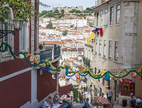 Lisbon Food and Wine Walk: Small Group