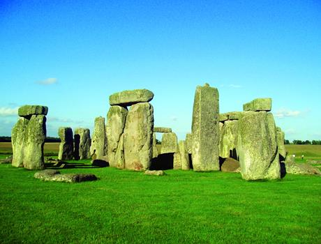 Mysterious Stonehenge Tour from London