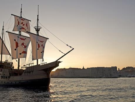 Sunset Dinner Cruise with Karaka Cruise from Dubrovnik